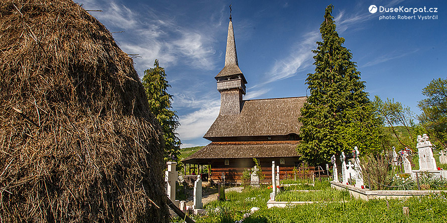 Poienile Izei - wooden church